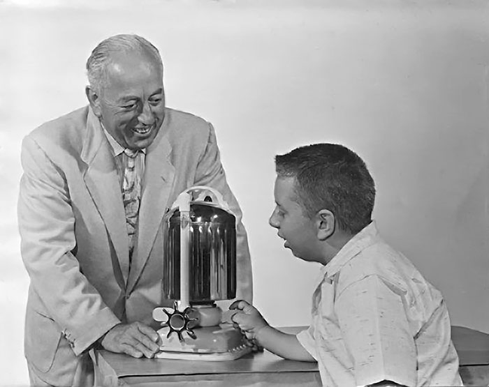 Candido & Ken Jacuzzi With Original, J-300 Pump